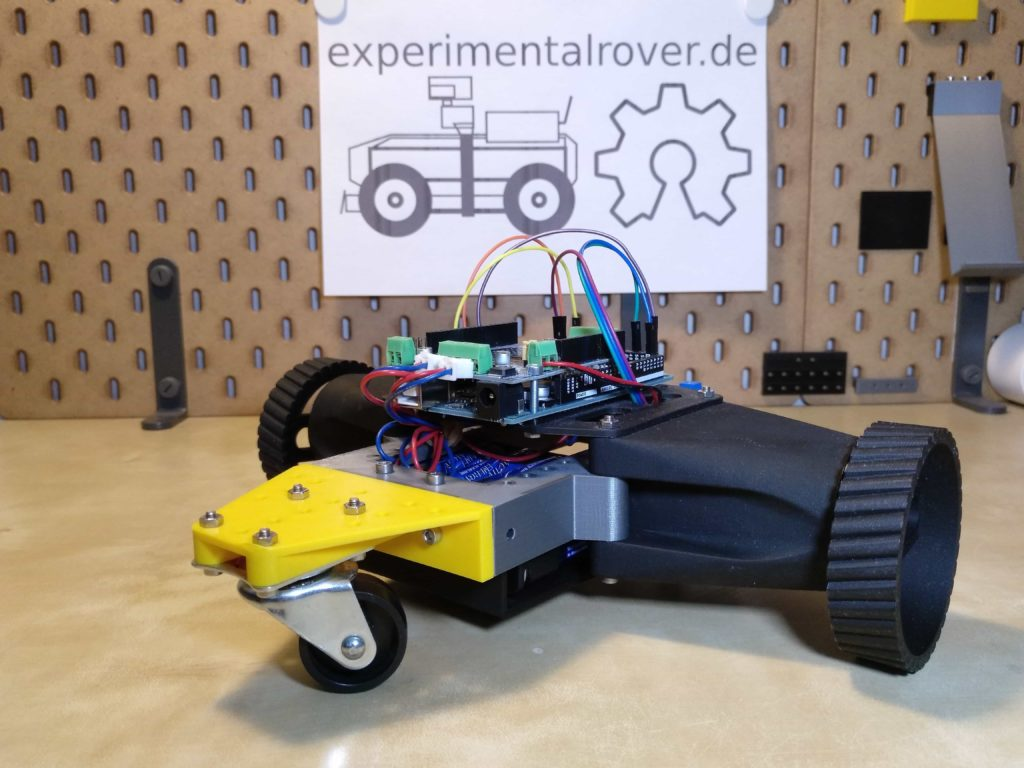 Abbildung eines selbstgebauten Roboters im GarageLab e.V: Düsseldorf